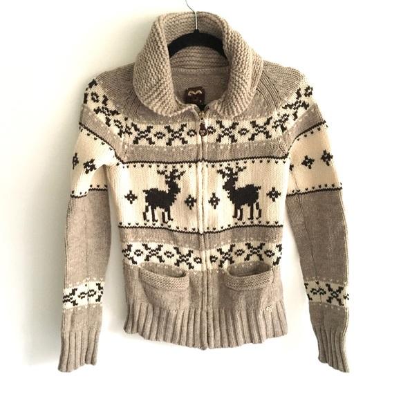 ARITZIA Tna Sea To Sky Sweater With Deer Beige S